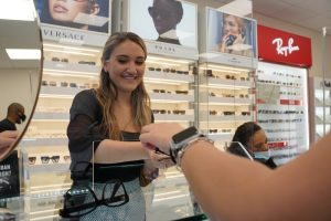 sunglasses, eyeglasses, and contact lens are available with our Bronx optometrist